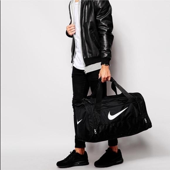 7044d7d403af Nike brasilia duffel bag